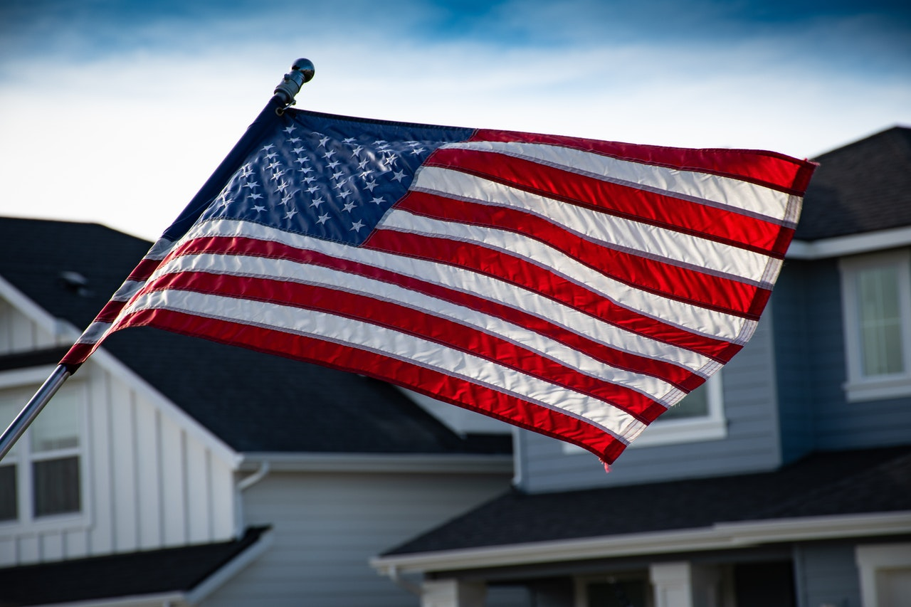 close-up-photography-of-american-flag-1069000